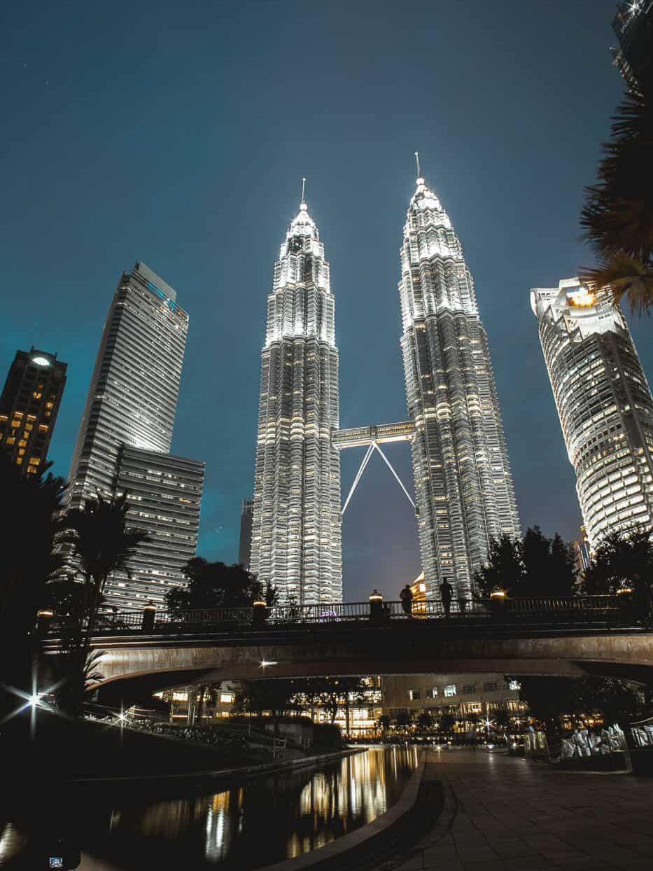 48 hour layover in Kuala Lumpur Petronas twin towers