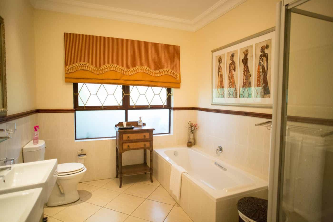 Swaziland summerfield resort bathroom