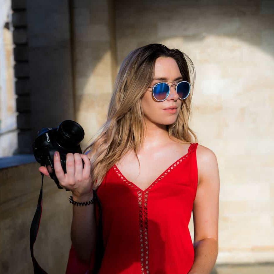 Alajode UK travel blog and vlog by a female digital nomad