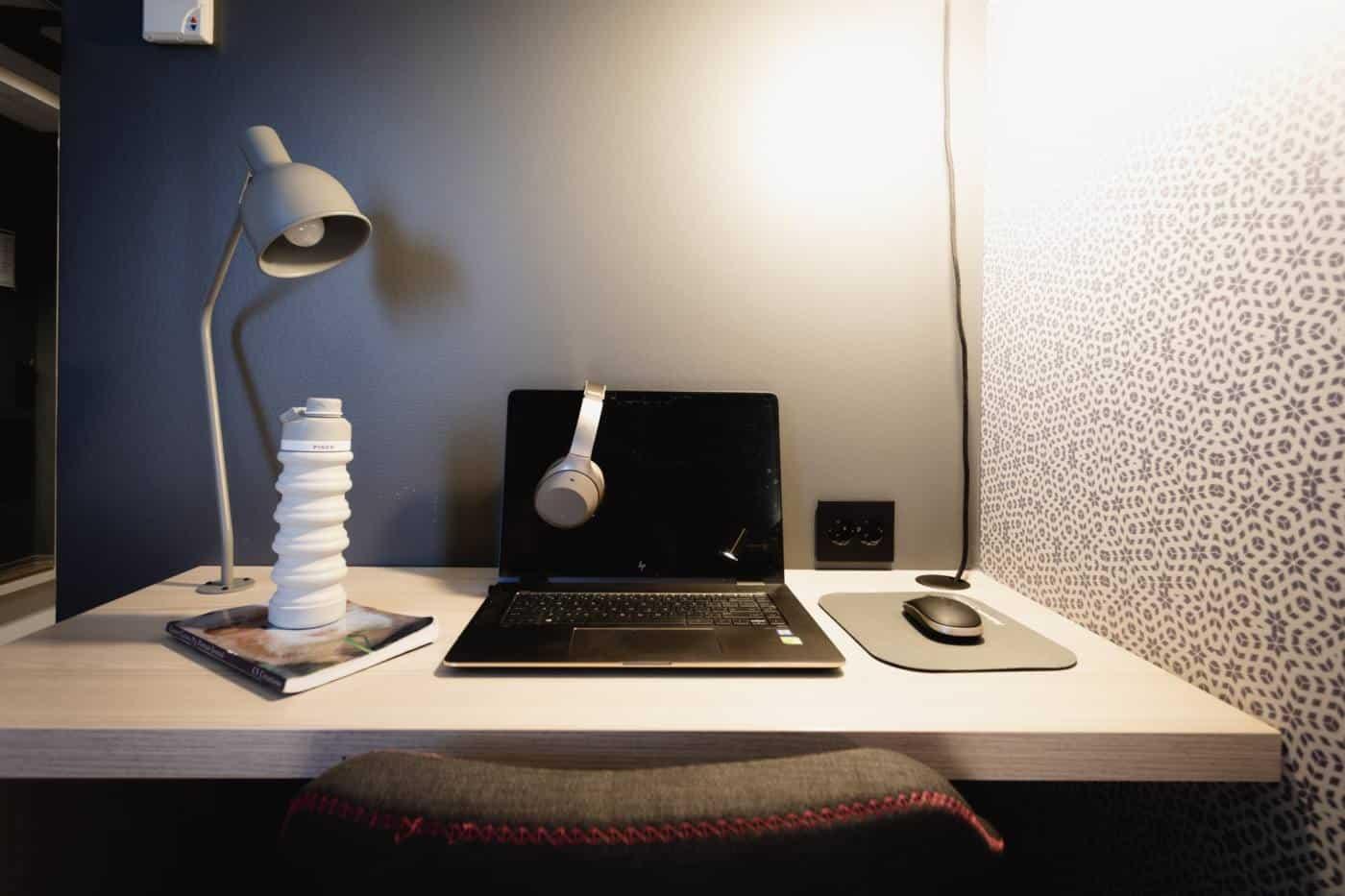 Minimalist remote desk