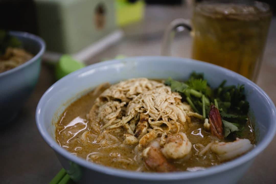 The house laksa with shrimp and chicken at Fee Yung